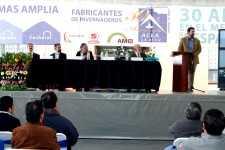 Tres décadas sirviendo a la agricultura protegida de México