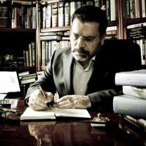 Dr. Luis Alberto Luis Lightbourn Rojas